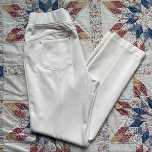 JM collection petite cream pull on pants size PM